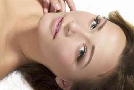 Cute Brow & Nails Bar - Facial Plus Eyebrow Threading - Save 48%