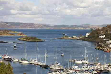 The Anchor Hotel - Two nights stay in Tarbert with Scottish breakfast and bottle of wine - Save 49%