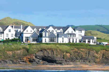 Great Northern Hotel - One Night Donegal Bay Stay for Two with a Main Course and Glass of Wine Each and Daily Breakfast - Save 50%