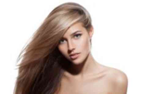 Glamorous Hair - Half head of highlights, with cut, blow dry, conditioning treatment & head massage - Save 53%