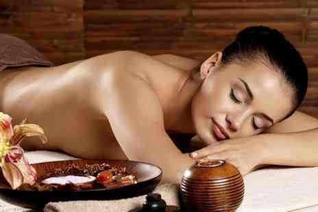 Pure Escapism - Decleor Facial With Back Massage - Save 61%