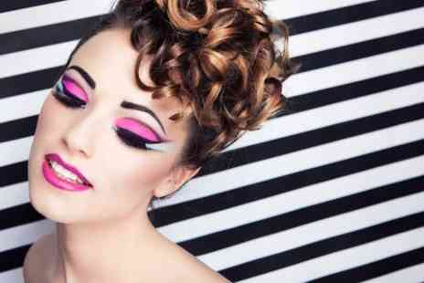 Annie Voigt Make up - The Brow Experience and Eyelash Extensions - Save 50%