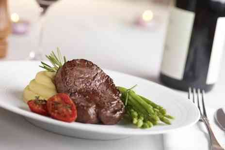 Rutland Arms Hotel - Steak and Wine For Two - Save 49%