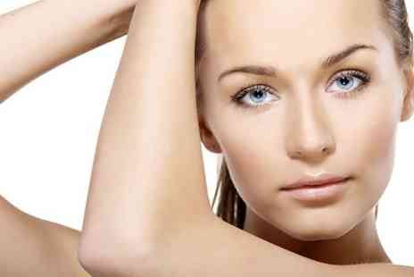 Re enhance - Three Sessions Diamond Microdermabrasion  - Save 81%