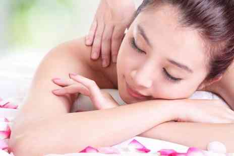 Lorena OBerg Skincare - Back, Neck and Shoulder Massage  - Save 50%