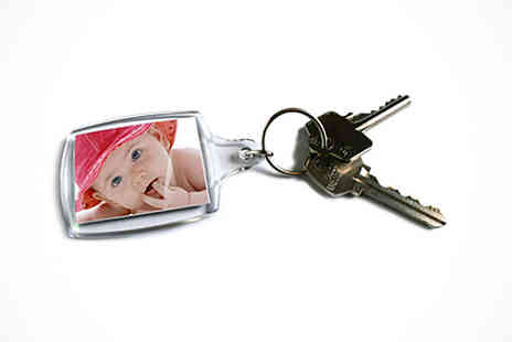 Uk Photo Deals - Personalised Photo Keyring - Save 50%