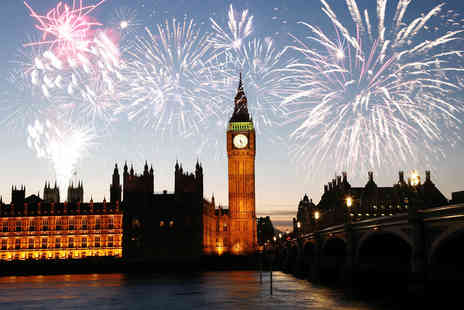 Experify - Choice of fireworks Thames river cruise for One including  glass of bubbly & canapes - Save 59%