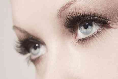 Beautywithin - Full set of individual semi permanent eyelash extensions - Save 53%