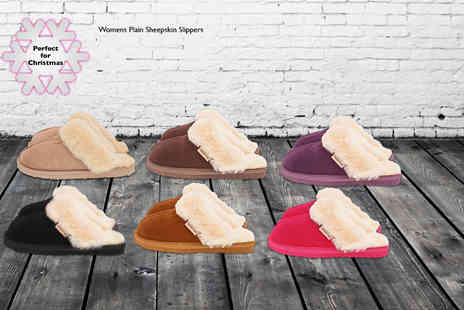 Evaniy Accessories - Pair of sheepskin mens or womens slippers in a choice of colours - Save 66%