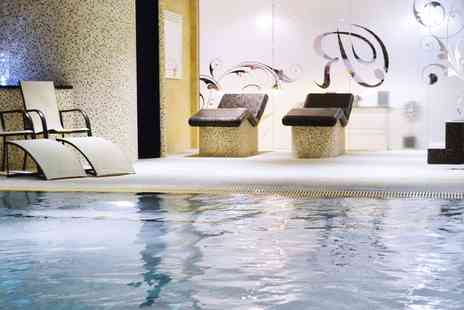Reynolds Fitness Spa - Top Rated Spa Day with Facial & Massage - Save 42%