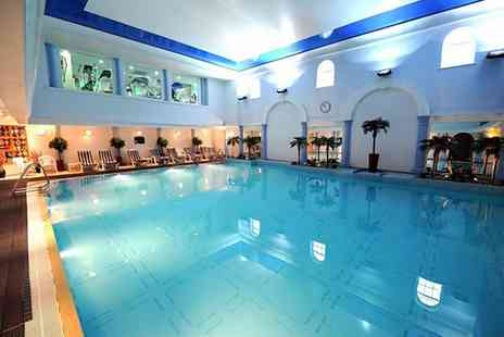 Carden Park Hotel - An award winning spa hotel with breakfast, golf courses, a private vineyard and optional extras - Save 26%