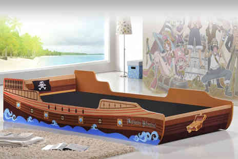DIRECT FURNITURE SUPPLIERS - Three fit childrens pirate ship bed - Save 63%