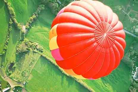 Ballooning In The Cotswolds - Flight For Two With Champagne  - Save 47%