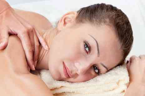Willow Health - 30 Minute Swedish or Deep Tissue Sports Massage - Save 53%