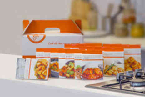 The Spice is Right - Premium Curry Hamper with a Selection of the Finest Curry Kits - Save 47%
