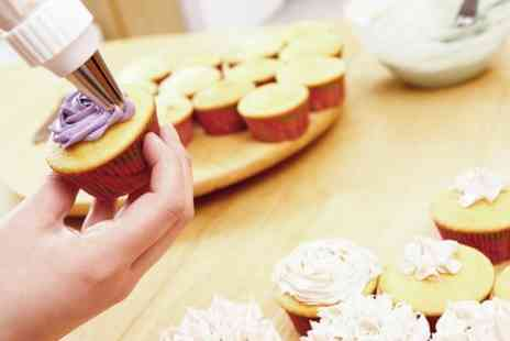 That Little Cake Shop - Cupcake Decorating Class - Save 70%