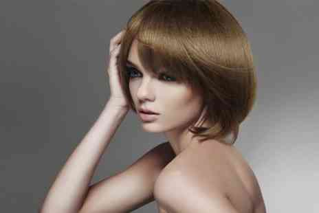 Rinaldi Hairdressing - Cut and Blow Dry With Conditioning or Hair Mask - Save 44%