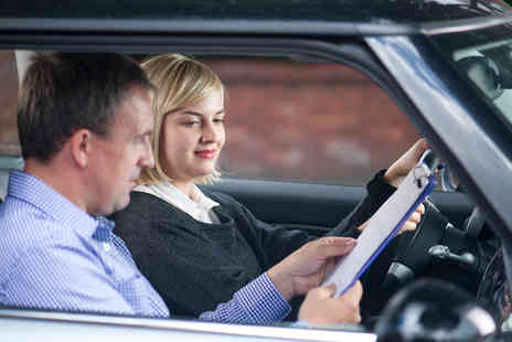 Simply Helpful - Online Driving Theory and Hazard Perception Test Training - Save 94%