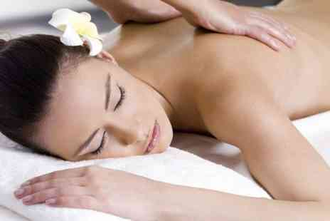 Aromatics Baldock - One Hour Massage - Save 53%