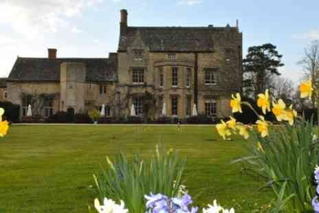 The Manor  - One Night 4 Star Stay For Two With Breakfast - Save 63%