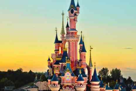 Radisson Blu Disneyland Paris - Stay 2 nights at the Radisson Blu and explore the Disney winter wonderland - Save 50%