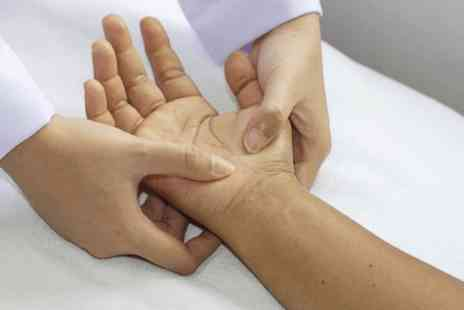 One Day Courses - Online hand reflexology course - Save 0%