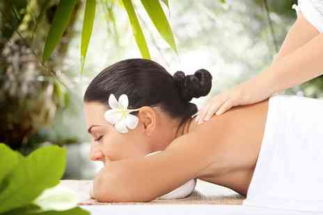 Royas Holistic Therapies - Full body exfoliating massage, deep cleansing facial and scalp massage - Save 71%