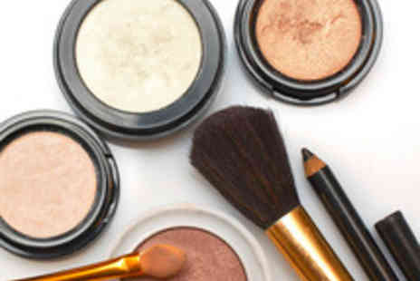 Beauty Temple - BareMinerals Makeup Workshop with a Glass of Prosecco and Cupcakes - Save 76%