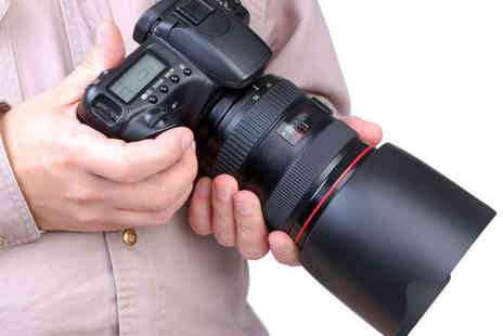LA Studios - Full Day DSLR Photography Class for One - Save 60%