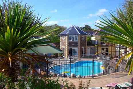 Porth Veor Villas & Apartments - Three Night Stay For Six  - Save 0%