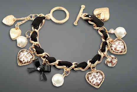 Finishing touch - Gold Charm Bracelet - Save 85%
