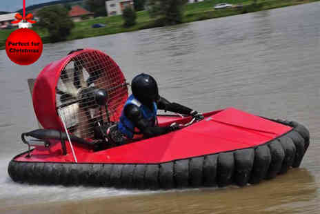 Hoverdays - Hovercraft driving experience - Save 63%