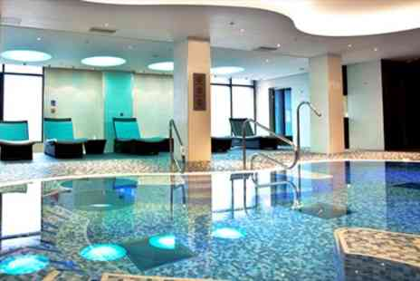 Imagine Spa Thames Valley - Berkshire Mini Spa Day for two including Massage or Facial - Save 0%