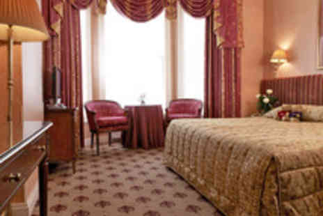London Lodge Hotel - Central London Kensington Stay for Two - Save 39%