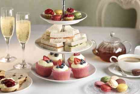 Cambridge City Hotel - Afternoon Tea For Two With Prosecco - Save 0%