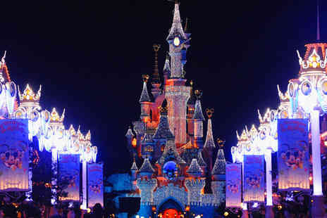 Major Cruise - Two Nights stay at Disneyland Paris with Hopper Tickets - Save 19%