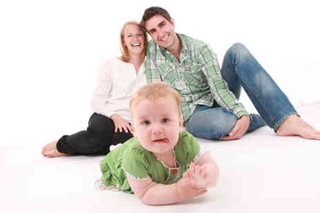 Icon Photography Studios - Family photoshoot for up to 12 plus an A4 print,a £100 voucher & refreshments  - Save 99%