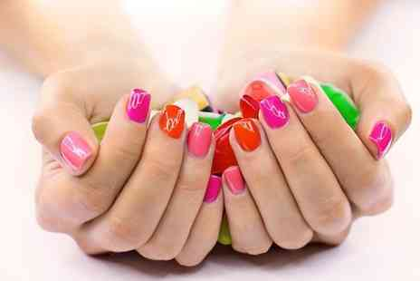 Nail Candy - Shellac manicure - Save 53%