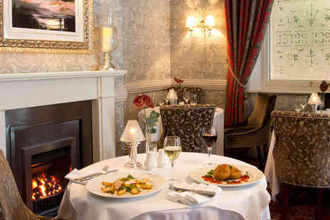 The George Hotel - One Night Stay for Two in a Club Room, with Full English Breakfast, Hot Chocolate and Crumpets on Arrival, Three Course Dinner on Each  - Save 47%