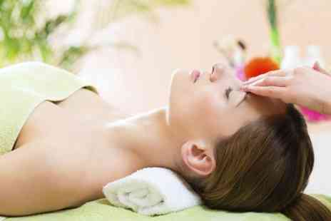Shake & Bake Bournemouth - One Hour Facial and Massage - Save 0%
