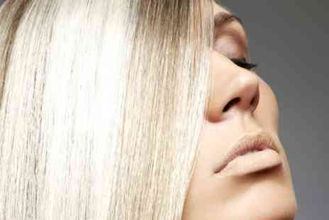 Karda Beauty - Cut and Conditioning Treatment With Highlights or Colour - Save 76%