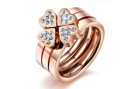 Widgetlove - Elegant 3 in 1 Four Leaf Clover Ring - Save 77%