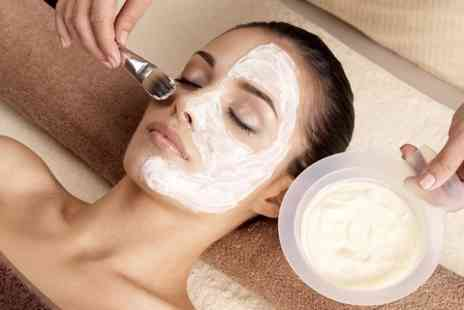 Look Beauty - One Facial Peels - Save 53%