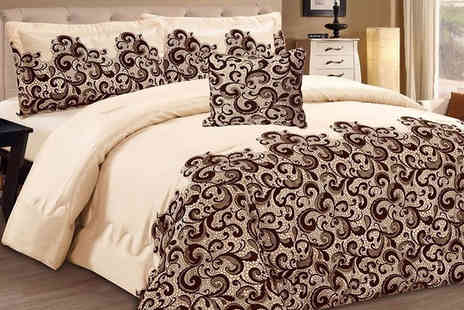 One Stop Shop - Quilted Bedspread Set - Save 58%