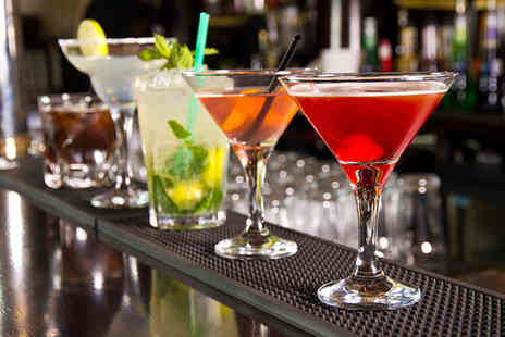 The Victory Pub - 4 fruit cocktails - Save 52%