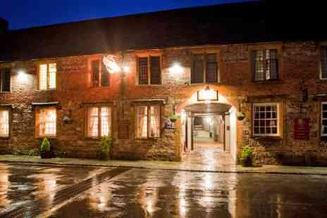 The New Inn9 - Overnight stay Dorset Retreat including Award Winning Top Notch Dinner - Save 33%