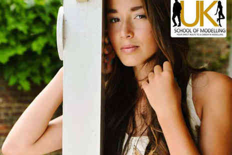 UK School of Modelling - Two Hour Makeover Portfolio Photo Shoot with A4 Print - Save 91%
