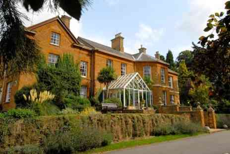 Sedgebrook Hall - One Night stay For Two With Breakfast, Dinner, Bottle of Wine and Late Check Out - Save 0%