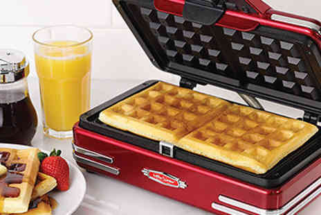 EIC Direct - Retro Waffle Maker - Save 38%