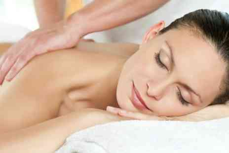 eclipz salon - Choice of One Hour Massage With Facial - Save 71%